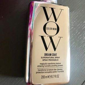 Color WOW Dreamcoat anti-humidity spray